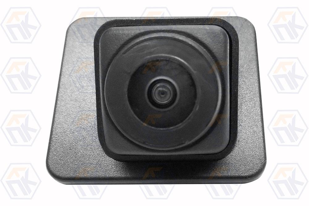 Камера заднего вида XRAY штатная