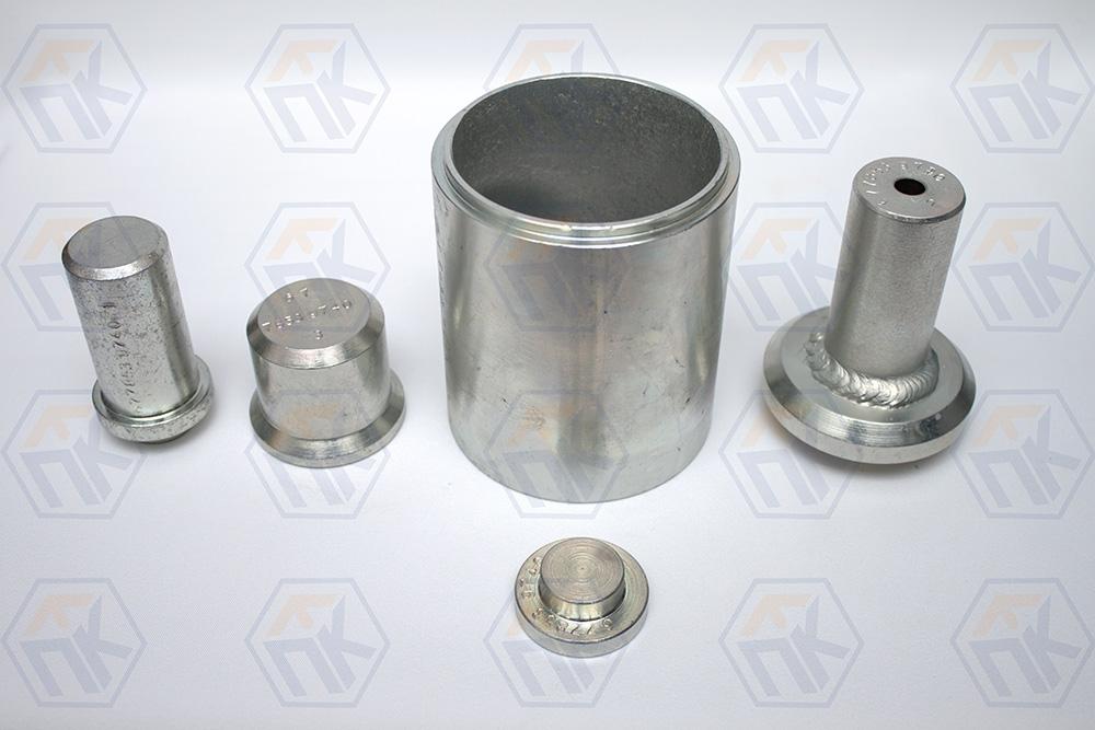 67.7853-9740 Комплект оправок для замены подшипника ступицы переднего колеса авт . LADA  4х4
